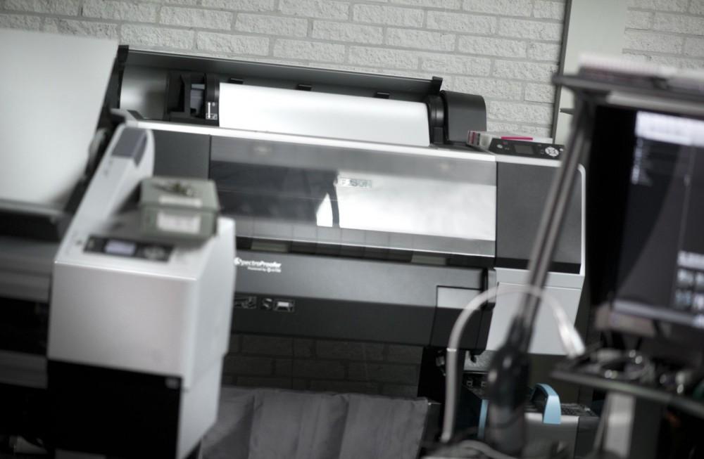 Epson 7900 fineart printer   Ultrachrome HDR inkset